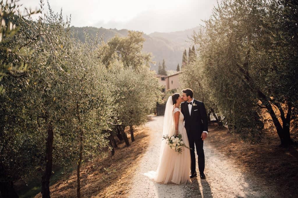 villa catureglio wedding in Tuscany